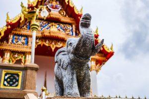 タイ、バンコク:象 ワットカンラット(Wat Khan Lat)